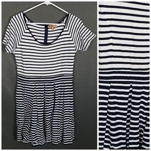 4/10 Kachel size 10P dress